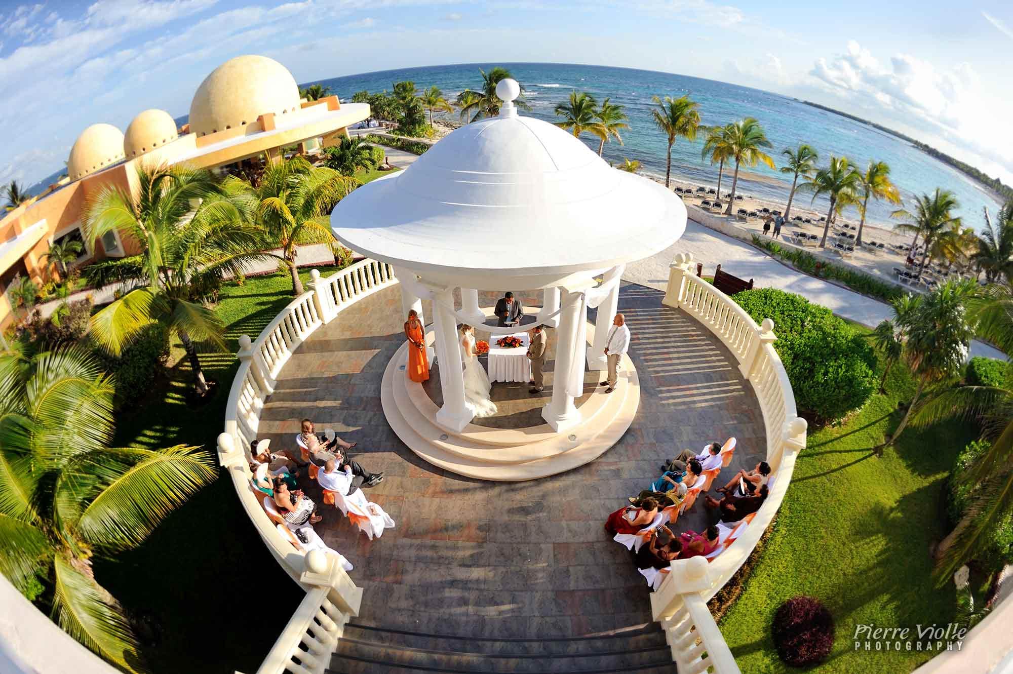 Wedding ceremony at the gazebo of Barcelo Maya Palace resort